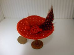 Hey, I found this really awesome Etsy listing at https://www.etsy.com/listing/188959087/dollshouse-miniature-1-inch-scale-hat