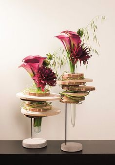 Like the idea of adding wood and leaves to the vase to make it more organic. Ikebana Arrangements, Unique Flower Arrangements, Unique Flowers, Beautiful Flowers, Deco Floral, Floral Design, Lily Centerpieces, Fleur Design, Corporate Flowers