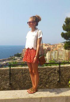 summer style - DIY- plain white shirt with a scalloped hem