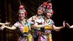 CHINESE DANCERS & DANCE TROUPES TO HIRE; AUTHENTIC CHINESE NEW YEAR ENTERTANMENT Chinese New Year Party, New Years Party, Golden Week, Chinese Dance, New Year Celebration, Corporate Events, Dancers, Party Themes, Celebrations