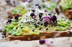 #avocado #toast #food #recipe #eatclean #vegan #recipeidea #avotoast #raw #food #germanblogger #rezept Raw Food, Vegan Food, Vegan Recipes, Avocado Toast, Sweet Stuff, Foods, Breakfast, Healthy, Vegane Rezepte