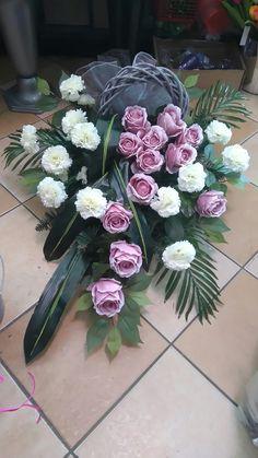 Grave Flowers, Funeral Flowers, Flores Funeral, Church Flower Arrangements, Floral Arrangements, Ikebana, Flower Bouquet Wedding, Floral Wedding, Luxury Flowers