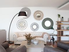 La nueva casa de Sara Carbonero en Oporto con muebles Kenay Home - salon espejos
