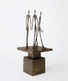 Alberto Giacometti, né à Borgonovo dans le Val Bregaglia le 10 octobre 1901 et mort à Coire le 11 janvier 1966, est un sculpteur et peintre suisse. http://www.fondation-giacometti.fr
