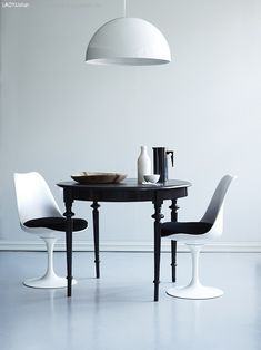 I am inspired to refinish my turned leg side table in black.