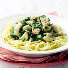 Recept - Tagliatelle met spinazie-zalmsaus - Allerhande