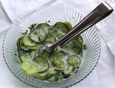 Low FODMAP German recipe: Cucumber salad