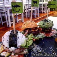 Rainbow Burger – Food Valencia Burger Food, Burger Recipes, Caramel Apples, Valencia, Rainbow, Cake, Desserts, Rain Bow, Tailgate Desserts