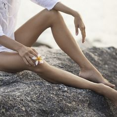 If you are developing varicose veins and needs a good spider vein treatment right away. Contact Now Spider Vein Treatment is the longest running Vein clinic in New York, New Jersey, and San Diego. Perfect Legs, Perfect Skin, Exfoliate Face, Beauty Tips For Face, Varicose Veins, Women Legs, Beauty Hacks Video, Organic Beauty, Beauty Secrets