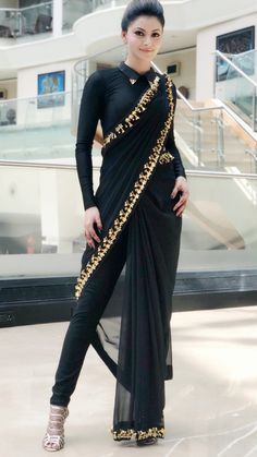 How to Make a Ethnic Dress Modern ?COM NEXT– 15 Beautiful and Trendy Lace Dresses of 2018 So, you have a lot of kurits and now you are bored of them. Stylish Sarees, Stylish Dresses, Fashion Dresses, Dresses Dresses, Bridesmaid Dresses, Saree With Pants, Xl Mode, Saree Wearing, Indian Designer Outfits