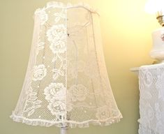 The Polka Dot Closet: Covering A Lamp Shade With Lace. Love the dainty ruffled edging! Cover Lampshade, Lamp Cover, Diy Lampshade, Shabby Chic Lamp Shades, Rustic Lamp Shades, Diy Lace Lamp Shade, Uno Lamp Shades, Light Shades, Pole Lamps