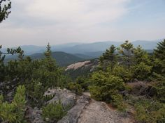 10 Incredible Hikes Under 5 Miles Everyone In New Hampshire Should Take
