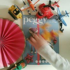 """#Peggy3 """"Volevo fotografare il nuovo Peggy Journal .... GPiccolo ha detto che così la foto veniva meglio! Buona domenica! Giorgia #peggyjournal"""" - ITommasini4u"""