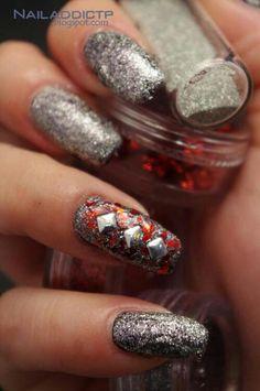Silver glitter diamond appliques nails