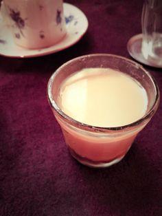 葛粉と寒天の豆乳プリン (ヴィーガン)  寒天&葛粉のさじ加減とバニラの香りで卵のプリンそのままの食感と風味に。みりん大3のカラメルなしver.も美味しいです。
