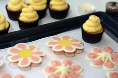 You'll need: Frosted Cupcakes Squeeze Bottle or Ziploc Bag Cookie Sheet with Wax Paper (taped flat) Colored Candy Melts … and a steady hand Baking Cupcakes, Yummy Cupcakes, Mini Cupcakes, Cupcake Cakes, Cupcake Toppers, Decorate Cupcakes, Cupcake Wrapper, Diy Cupcake, Cup Cakes