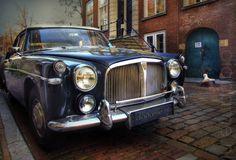 Rover in HDR @ Dordrecht