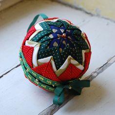 Kurzy a návody Christmas Balls, Christmas Ornaments, Photo Tutorial, Free Photos, The Originals, Holiday Decor, Handmade, Design, Atelier