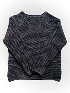 Husband-Approved Free Crochet Sweater Patterns Get the free crochet pattern for this Big Alfred's Pullover Sweater from Britta Wilfert featured in my husband-approved crochet sweaters for men FREE pattern roundup! Moda Crochet, Crochet Men, Crochet Jumper, Free Crochet, Crochet Sweaters, Mens Knit Sweater Pattern, Jumper Patterns, Knitting Patterns, Crochet Patterns