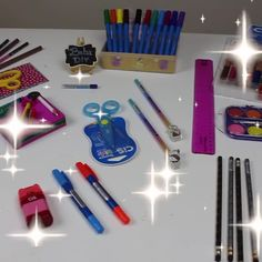 How to party decoration, environments and crafts that complements décor you find here. All well explained and in an easy and fun way. Physics Notes, Stationery, Christmas Decorations, Organization, Cleaning, Crafty, Make It Yourself, Education, School