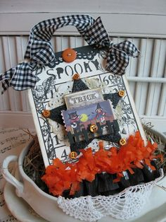 From Cherry Nelson in Bend, Oregon, USA Cherry's Jubilee Halloween Shadow Box, Halloween Tags, Halloween Banner, Holidays Halloween, Vintage Halloween, Halloween Goodies, Halloween Ornaments, Halloween Decorations, Halloween Arts And Crafts