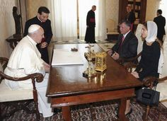 The+king,+Queen+Rania+and+the+pope+spoke+privately+29.8.2013+4.jpg (550×400)