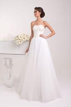 759364e8d5f1 Krásne svadobné šaty s čipkovaným korzetom a širokou sukňou Fabulous  Dresses