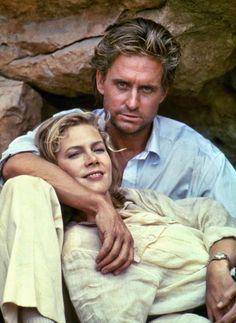 """Michael Douglas y Kathleen Turner en """"La Joya del Nilo"""", 1985"""