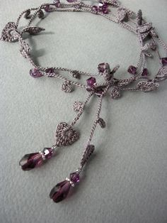 crochet lariat necklace http://yoyo-sha.blog.ocn.ne.jp/blog/2013/02/