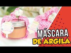 O produto de hoje é Máscara de Argila. Fácil de fazer e um produto super potente que irá tratar a pele da maneira mais natural possível. Acompanhe o passo a ...