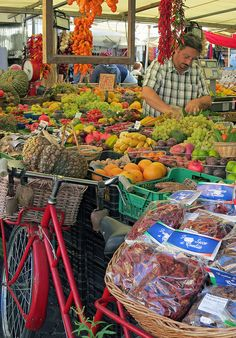 """I loved shopping here.  Now you are not to touch the produce in Italy. No squeezing the fruit! We could use that model.   Marché """"Campo de Fiori""""  Rome  Italy"""