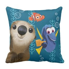 Finding Dory | Nemo, Dory & Otter. Regalos, Gifts. Producto disponible en tienda Zazzle. Product available in Zazzle store. Link to product: http://www.zazzle.com/finding_dory_nemo_dory_otter_throw_pillow-189107355516033402?CMPN=shareicon&lang=en&social=true&rf=238167879144476949 #cojín #pillow