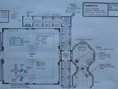 Final production schematic of Soundstage for the Garage Bay and C' level Corridor, also showing various camera angles and different positions of Lambert and Parker. Aliens Colonial Marines, Camera Angle, Storage Room, Sci Fi, Nerd, Garage, How To Plan, Design, Movies