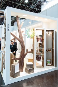 Great design to this booth at Euroshop 2014.