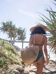 little teen bikini : and Beachwear for Womens Affordable swim suit cover ups. Summer bikini and beach outfit Best Beach Bag, Bikini Triangle, Foto Instagram, Summer Aesthetic, Foto Pose, Beachwear, Swimwear, The Bikini, Green Bikini