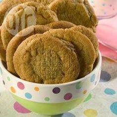 Zdjęcie do przepisu: Klasyczne ciasteczka z masłem orzechowym