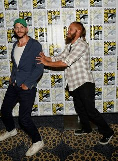 Actors Gustaf Skarsgard (L) and Travis Fimmel joke around as they attend a media room for the History series 'Vikings' during Comic-Con International 2013 at the Hilton San Diego Bayfront Hotel on July 2013 in San Diego, California. Watch Vikings, Vikings Tv Series, Vikings Tv Show, Vikings Actors, Travis Vikings, Vikings Travis Fimmel, Ragnar Lothbrook, King Ragnar, Skarsgard Family