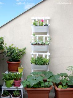 easy peasy Blumenleiter DIY auf http://aentschie.blogspot.de/