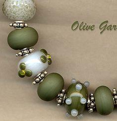 Olive Garden Lampwork Beads Handmade Glass Bead Set SRA W79