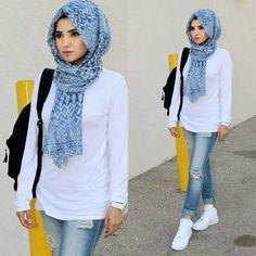 70 new ideas fashion hijab jeans white shirts Modern Hijab Fashion, Muslim Women Fashion, Street Hijab Fashion, Fashion Pants, Fashion Outfits, Islamic Fashion, Trendy Outfits, Style Fashion, Stylish Hijab
