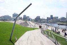 横浜港大さん橋国際客船ターミナル | 建築とランドスケープ:地上の楽園を求める旅