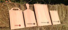 4 von 5 verschiedenen Holzschneidebrettern von MAIGO. Alle Schneidbretter sind aus Holz, es besser aussieht und langfristig hygienische Vorteile hat.