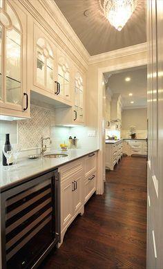 Backsplash example for kitchen mosaic.  Leslie Lamarre, CKD, CID, CGBP. Co-Designer Erika Shjeflo. TRG Architects