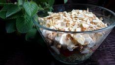 salatkawarstwowzkurczakiemifeta1 Feta, Potato Salad, Cabbage, Salads, Dinner Recipes, Potatoes, Vegetables, Ethnic Recipes, Dots