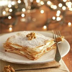 No te puedes perder esta receta de Milhojas de crema de almendra, ¡es fácil y está buenísima! Sweet Recipes, Cake Recipes, Sugar Bread, Tasty, Yummy Food, Xmas Food, Sweet And Salty, Four, Cooking Time
