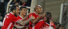 Benfica venceu ontem, sexta-feira, o 1.º de Dezembro, por 2-1, mas o golo final só foi conseguido já nos descontos, isto apesar de as 'águias' se terem apr