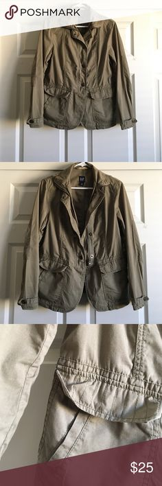 Gap Jacket Great condition, double pockets, zipper and buttons to close Jacket, super cute with ripped jeans and wedges! GAP Jackets & Coats