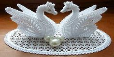 Swan made of crochet - Crochet                                                                                                                                                                                 More