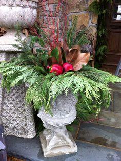Christmas planter how-to.
