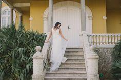 This Lisbon coastal bridal shoot is set in the gorgeous Villa Sao Paulo & features beautiful gowns by Penhalta Sposa, captured by Renée Hollingshead. Bridal Session, Bridal Shoot, Bridal Gowns, Causal Wedding Dress, Ocean View Wedding, Designer Wedding Dresses, Beautiful Gowns, Bridal Style, Destination Wedding